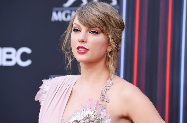 Taylor Swift contact number